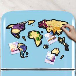 Магнитная скретч карта мира Travel Map MAGNETIC World