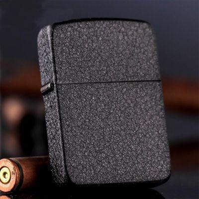 Зажигалка Zippo 28582 Black Crackle 1941 Vintage купить с доставкой